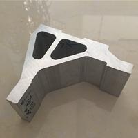 鋁型材生產完入庫待發