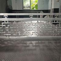香港朝阳木纹铝窗花铝花格铝屏风仿古铝花格窗