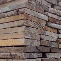 二手木方回收单位专业收购废旧建筑木方企业
