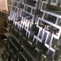 江西抚州乐安中空玻璃铝窗花定制铝花格吊顶图