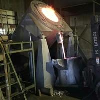 铝合金燃气可倾炉 料饼熔化炉
