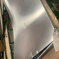 广州商务楼幕墙木纹铝蜂窝板-走廊铝蜂窝板天花吊顶