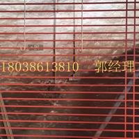 木纹仿古铝窗花_纪念馆装饰铝合金窗花