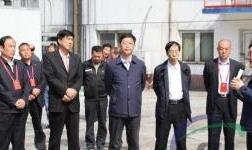 巩义市政协主席李占龙一行到中孚炭素公司视察调研