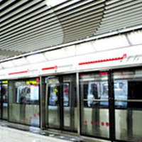 高铁站U槽铝条板天花吊顶 仿古木纹铝方通