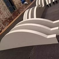 咖啡馆弧形木纹铝方通天花吊顶